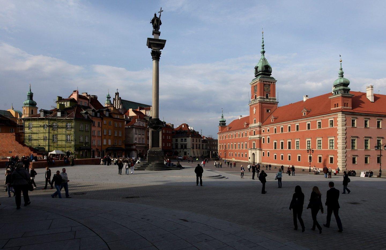 Coluna de Sigismundo e Castelo Real de Varsóvia.