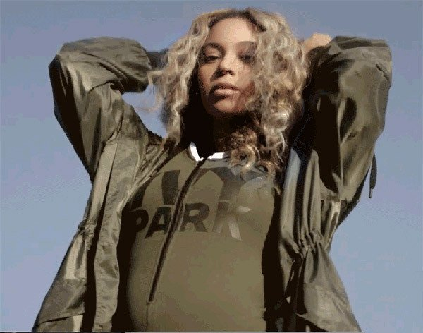 beyonce-pregnant-and-flauting-baby-bump-new-ivy-park-vid-ftr_zpsuy74pr1r