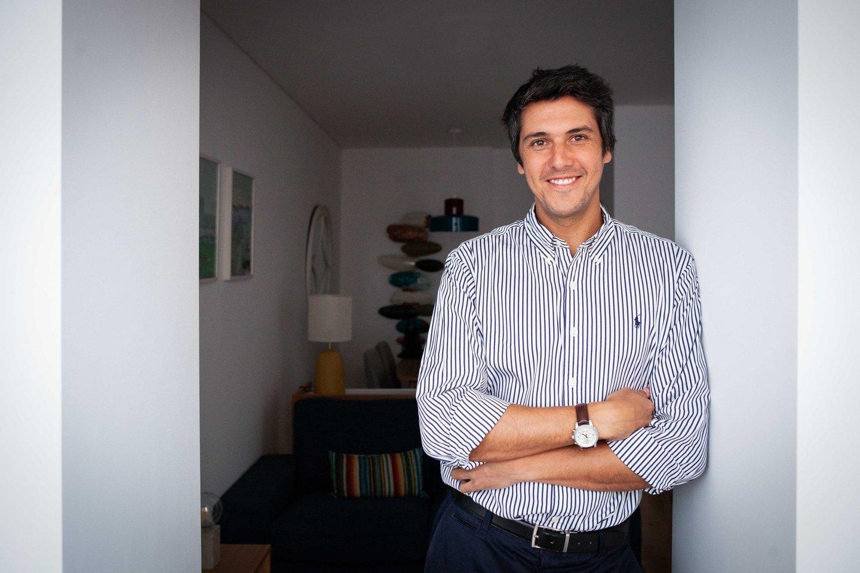 João Távora, Housers.