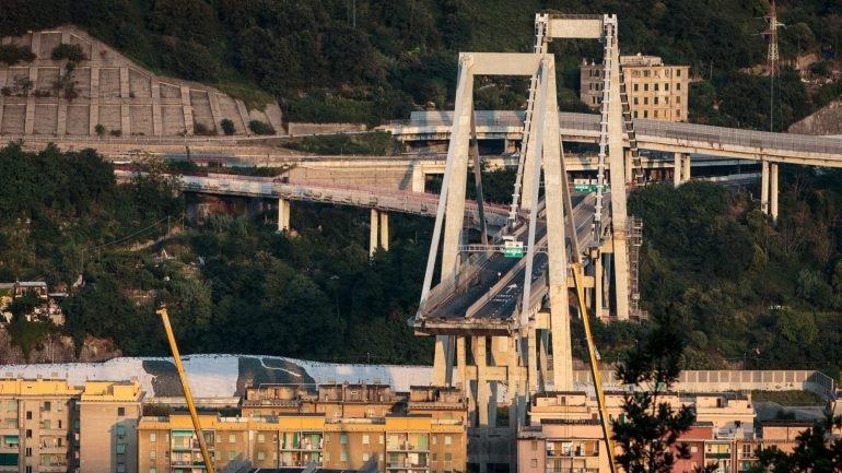 De a o e pronta em oito meses concession ria d pistas sobre nova ponte morandi observador - Ikea genova uscita autostrada ...