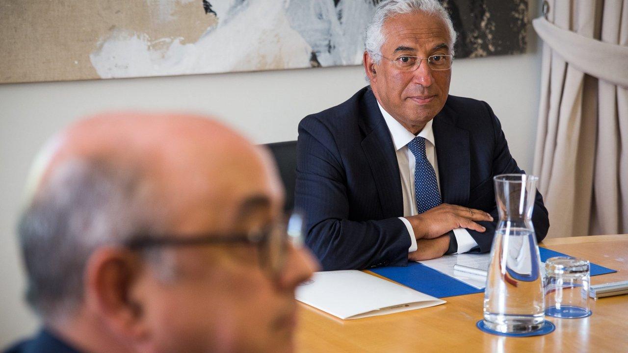 Oposição questiona se António Costa foi informado do encobrimento e admite  chamar PM ao parlamento (JOÃO PORFÍRIO OBSERVADOR) 5c757a14581e0