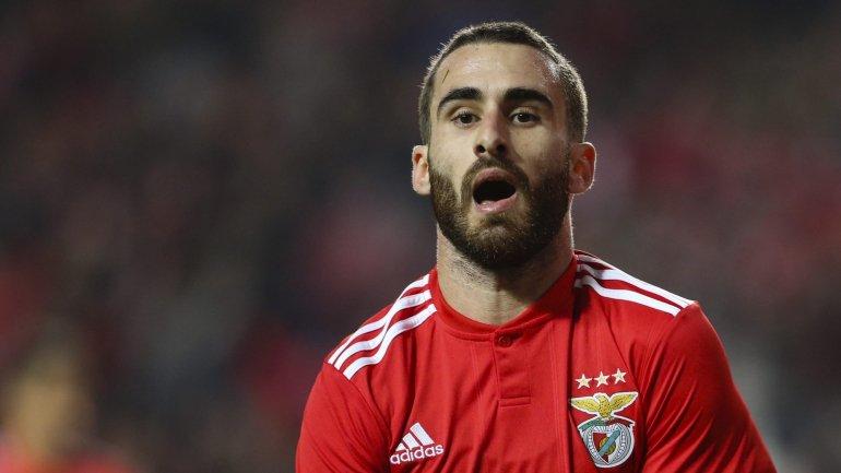 Rafa apura Benfica para os oitavos da Taça de Portugal frente ao Arouca nos  descontos (2-1) - como aconteceu 402e5135a5852