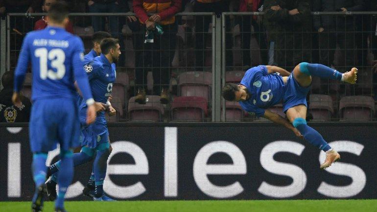 d00e93f00cf94 FC Porto vence Galatasaray (3-2) e faz história com golos de Felipe ...