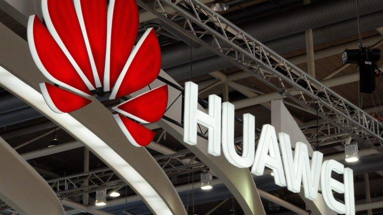 """Huawei diz que é """"parceiro chave"""" do Android e continuará a atualizar equipamentos"""