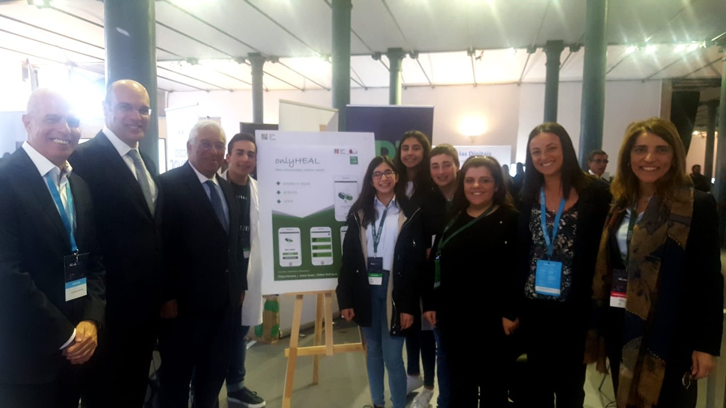 "António Costa, the challenge of the digital transition and a visit to projects ""that ..."