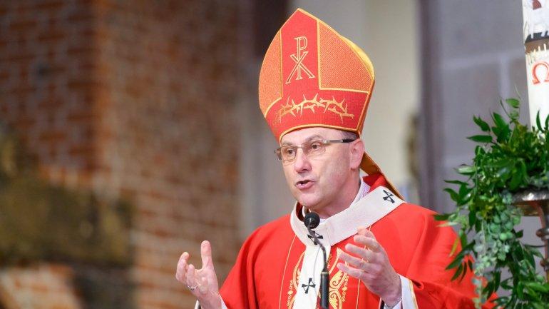 Polish church asks Vatican to investigate pedophilia reported in film