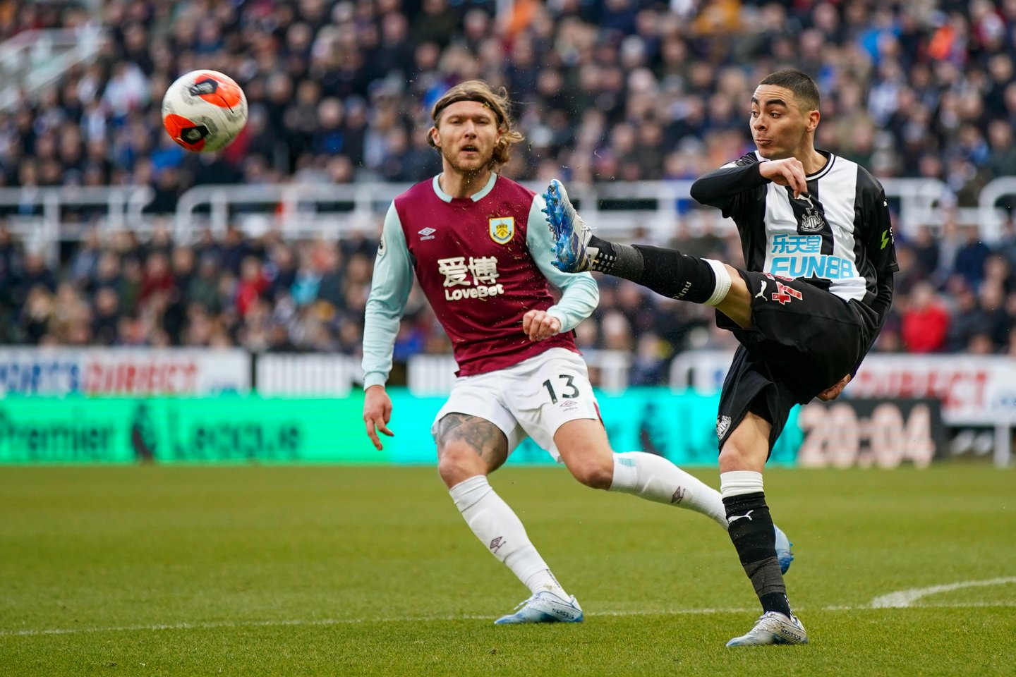 Newcastle United v Burnley FC - Premier League
