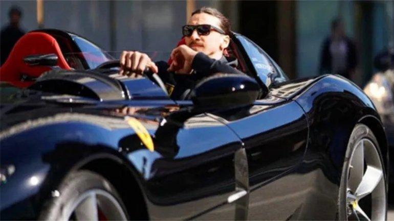 Zlatan Ibrahimovic and his beautiful Ferrati Monza SP2