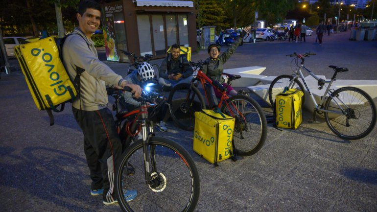 Glovo arrives in Olhão and Portimão and expands to more cities