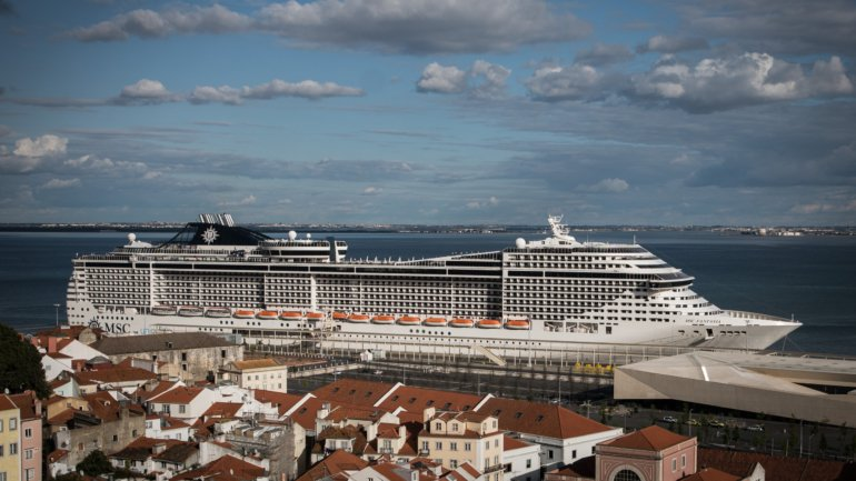 Lisbon Green. Cruises stop using diesel in 2022 when they dock at the ...