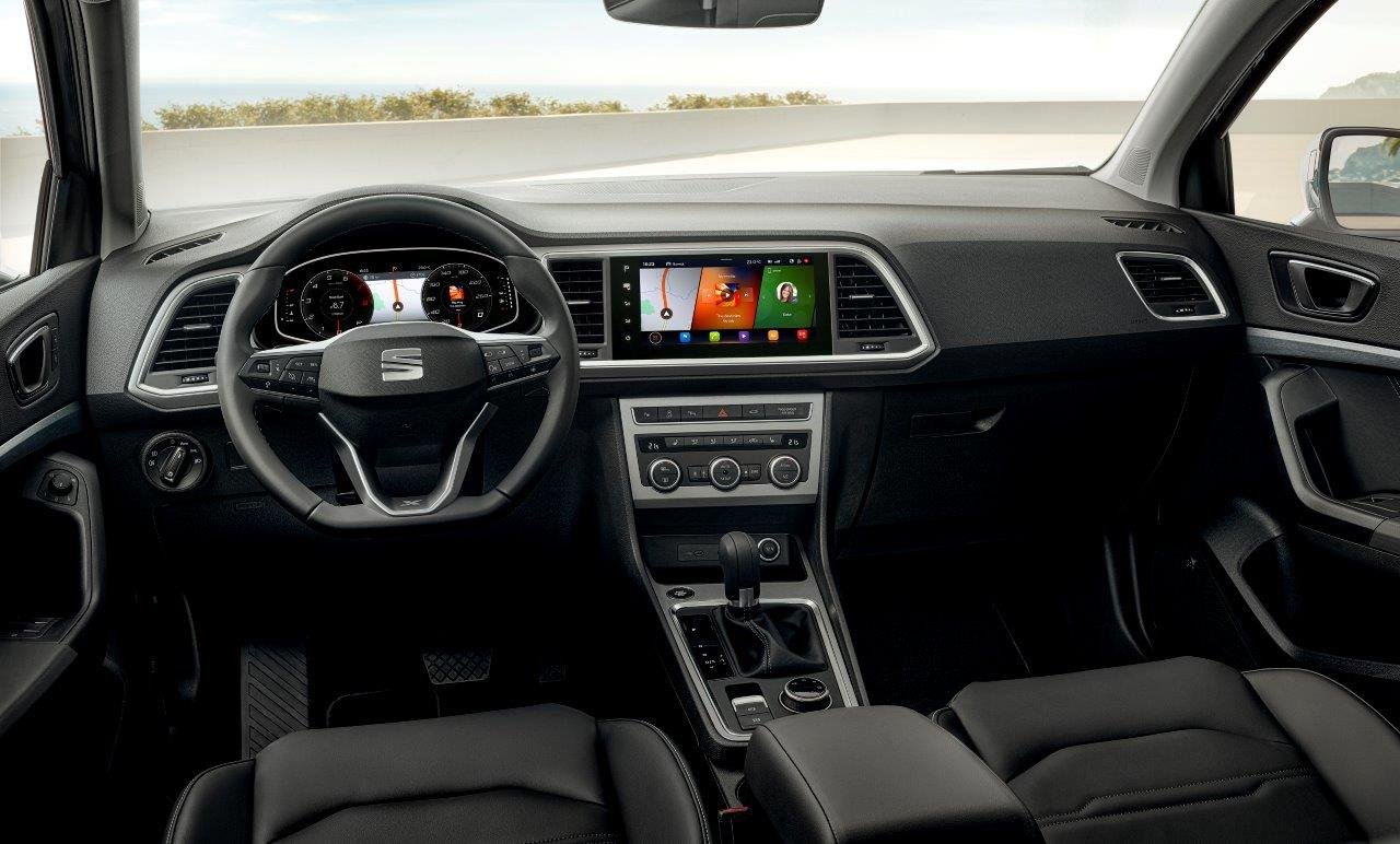 Ateca improves aesthetics and reinforces technology