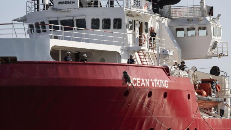"""Migrations. """"Ocean Viking"""" with 118 people on board after two rescues in the..."""