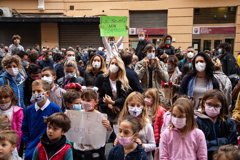 Protest Against The Campania Closure By Governor Vincenzo De Luca