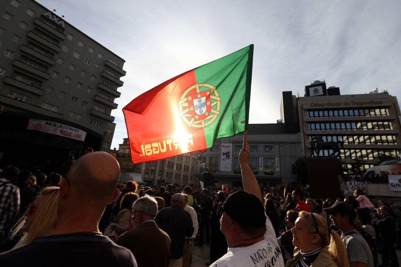 """Porto: Manifestação cultural """"""""Que se lixe a Troika! Queremos as Nossas Vidas!"""""""